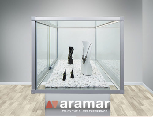 Glass showcases – Discover them in Aramar Supplies for Glass